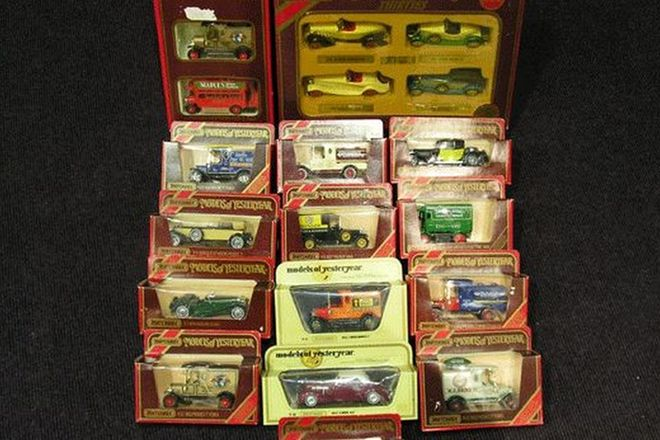 Model Cars - 20 x Matchbox Yesteryear Classics & Vans