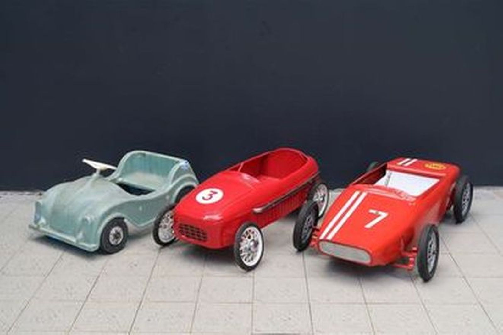 Pedal Cars - 3 x c1960s Ferrari F1 Racing Car & c1970s Ferrari Racing Car & Sharna GB