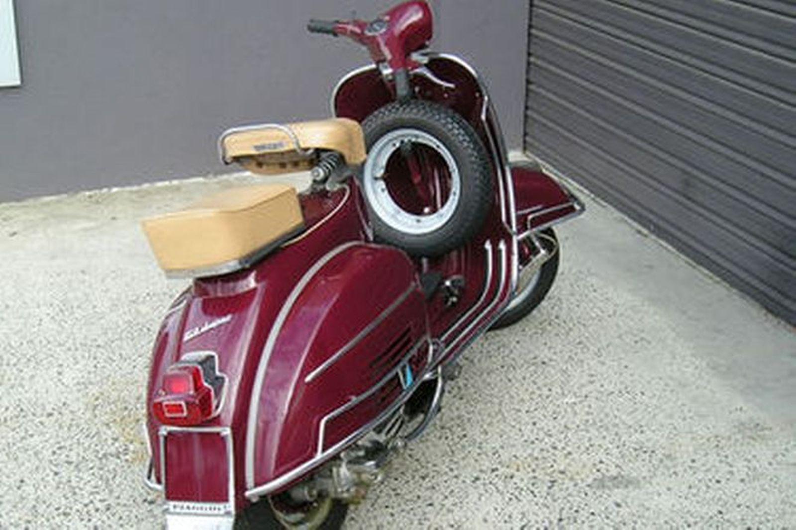 Sold  Vespa Super 150 Scooter Auctions - Lot 9