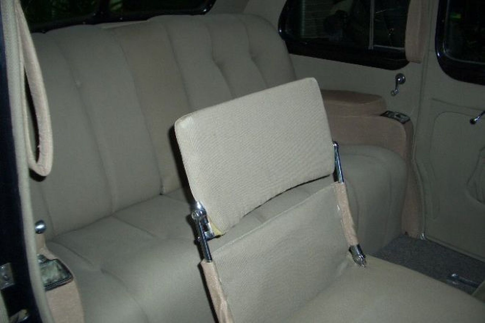 Buick 8/90L +McLaughlian, 7 Passenger Limousine