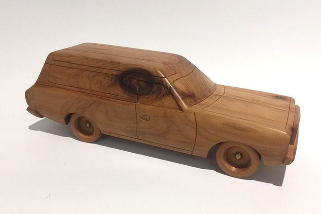Wooden Model - CL Chrysler Wagon (Hand Made)