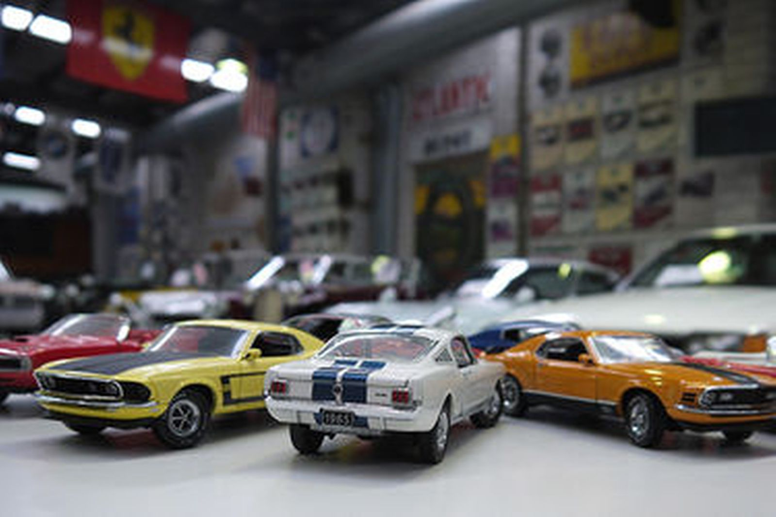 Sold: Model Cars x 6 - Franklin Mint American Muscle Auctions ...