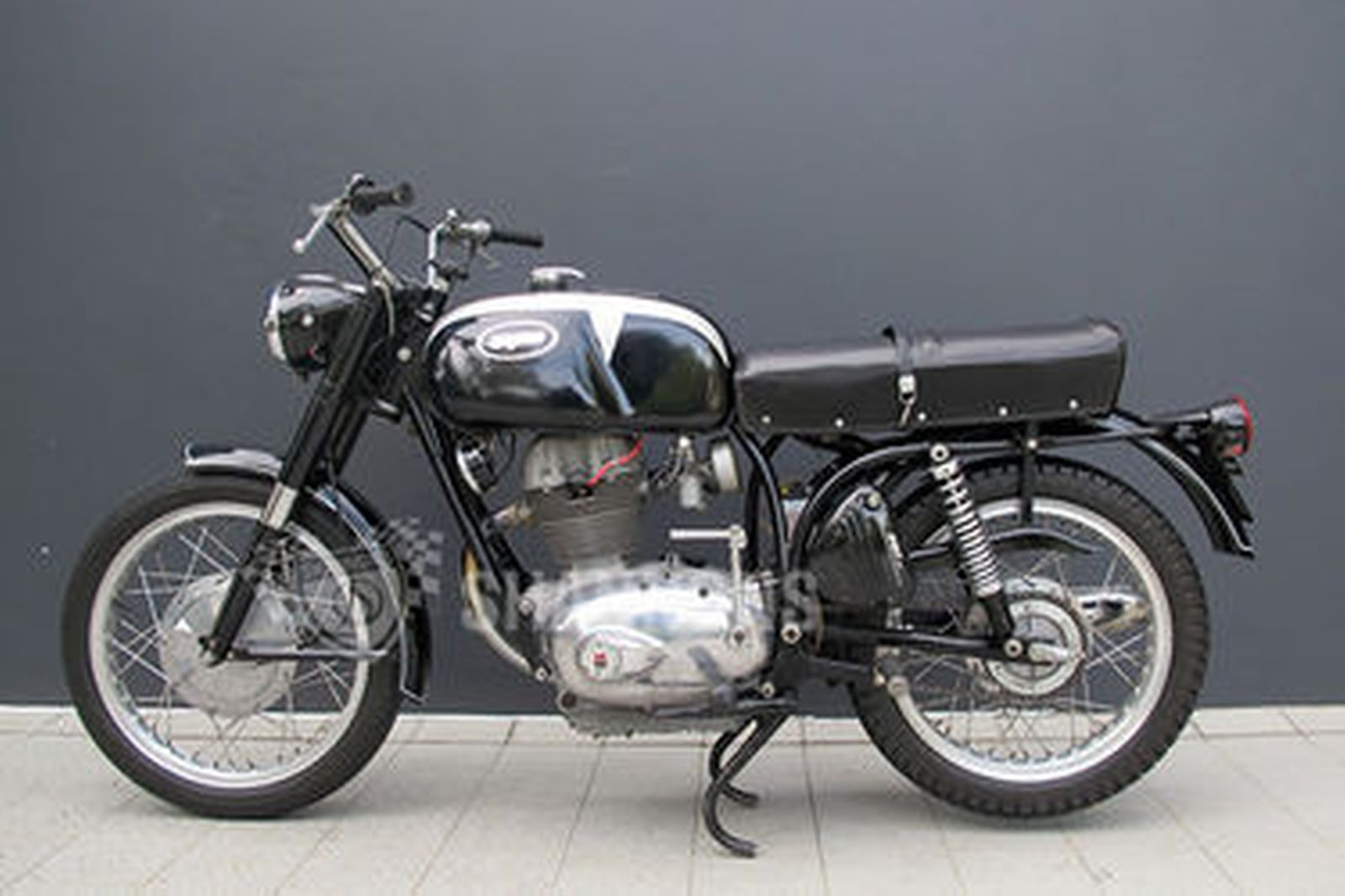 Sold: Benelli 'Montgomery Wards' 250cc Motorcycle Auctions