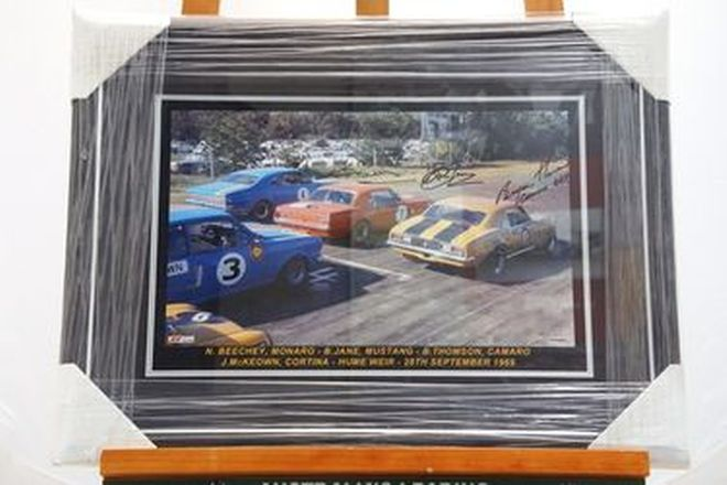 Framed Signed Print - Hume Weir Starting Grid 1969 signed by Beechey, Jane, Thomson (48 x 64cm)