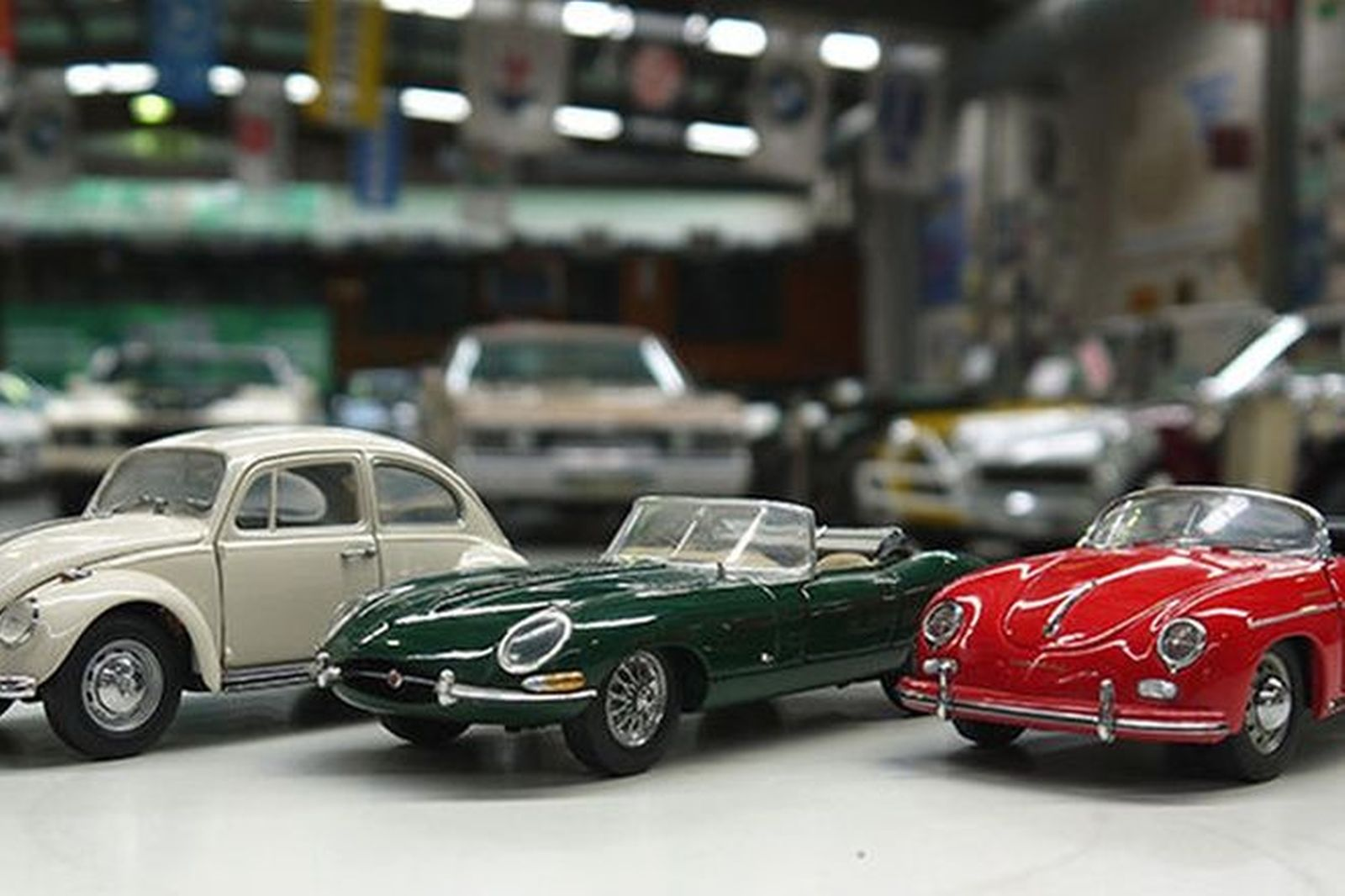 Sold: Model Cars x 3 - Collection of European Classic Cars ...