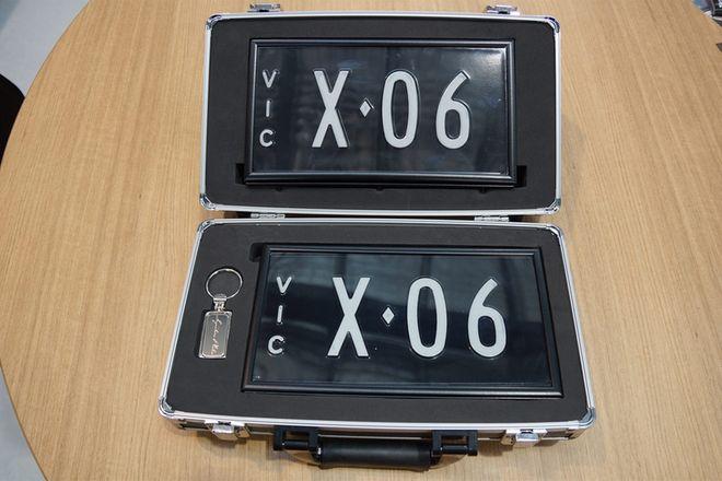 Victorian Signature Plates X-06