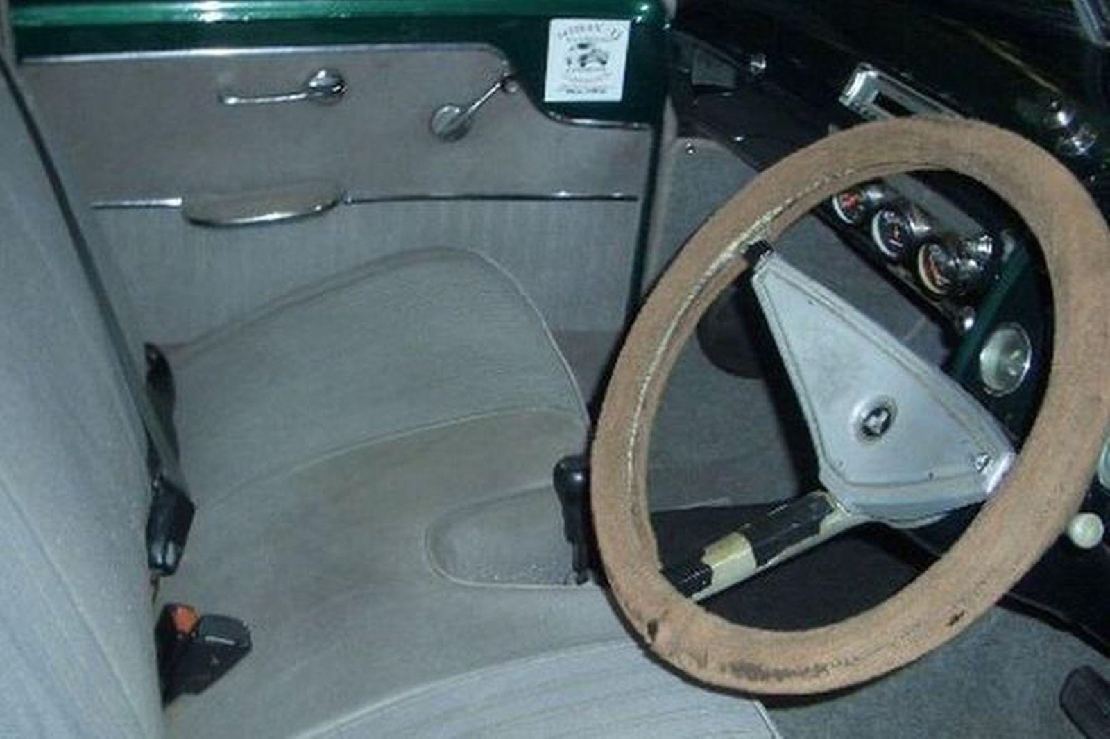Holden FJ Panelvan