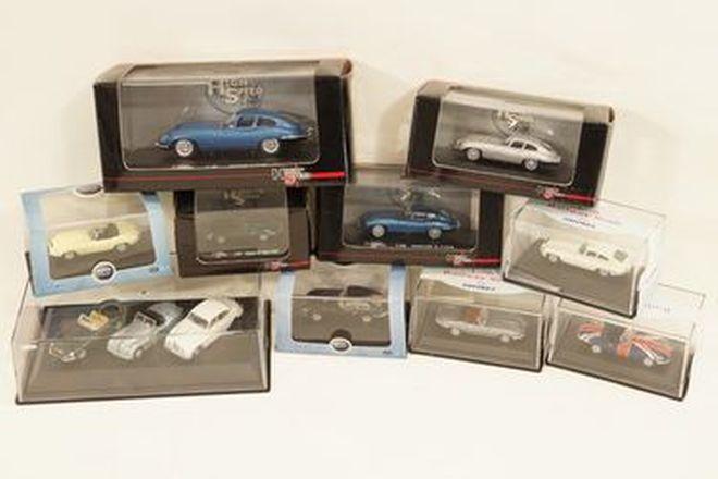 Model Cars x 12 - High Speed Jaguar E-Type Coupe x 4 & Oxford 6x E-Types, 1 x XK120, 1 x Mark 2
