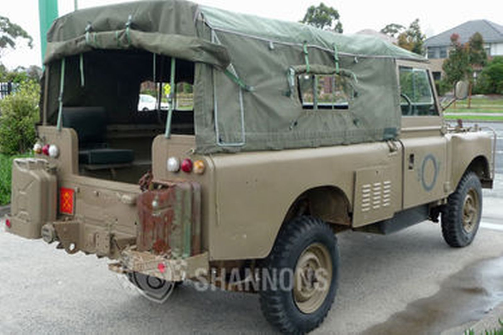 sold land rover series 3 39 ex army 39 utility auctions lot. Black Bedroom Furniture Sets. Home Design Ideas