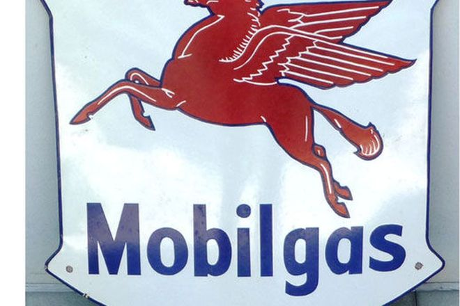 Enamel Sign - Mobilgas Shield Sign (60cm x 60cm)