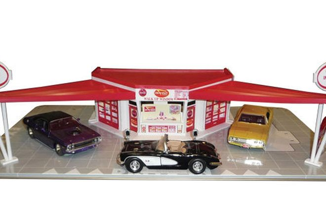 Building Models - Speed Shop Diorama and Garage Diorama and six cars