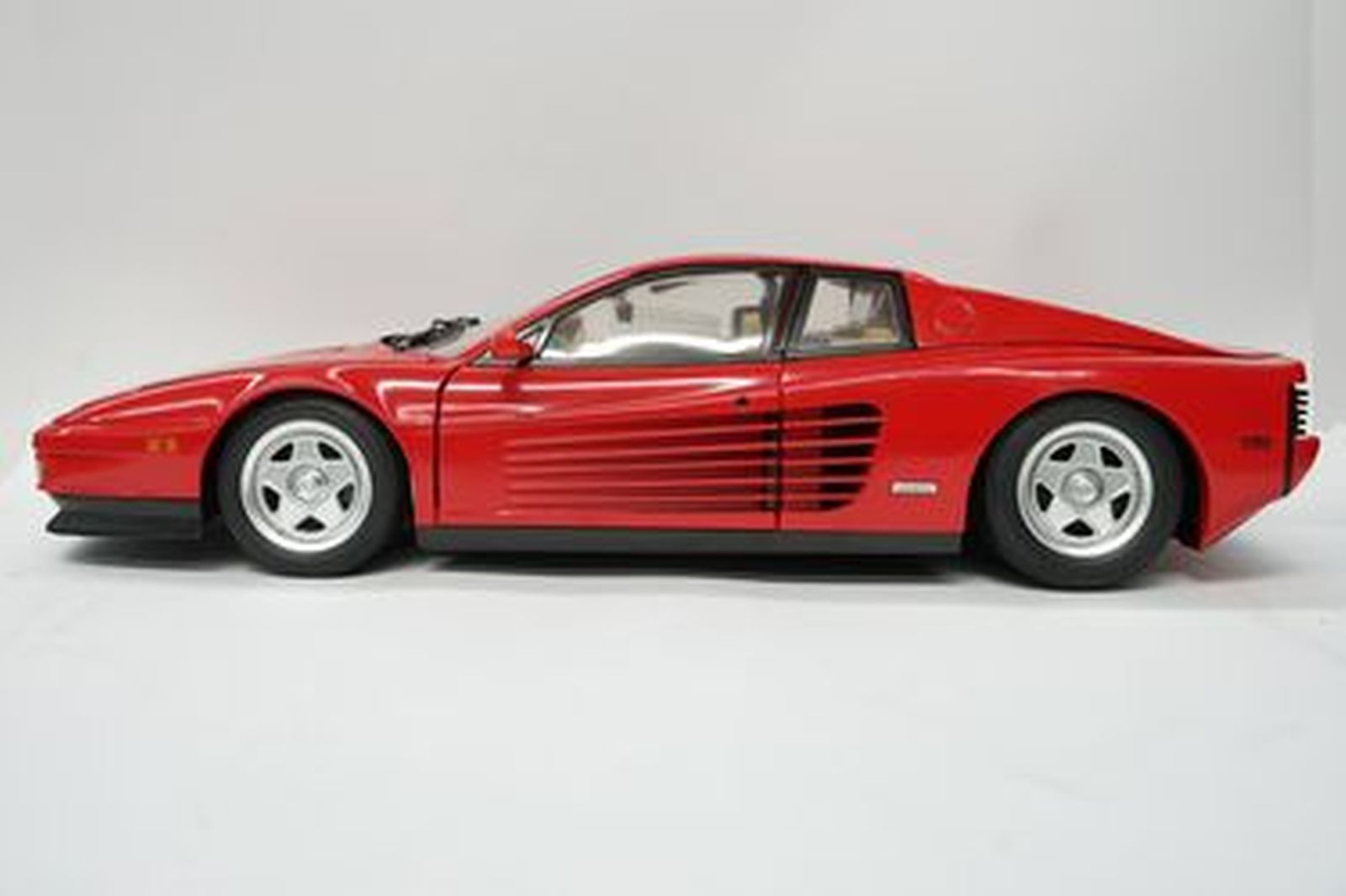 collect collection ian sale featuring die classic cummins for testarossa melbourne scale pocher auctions sold the summer model cast car from shannons auction ferrari
