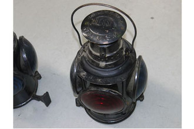 Lamps - 3 x US Signal lamps