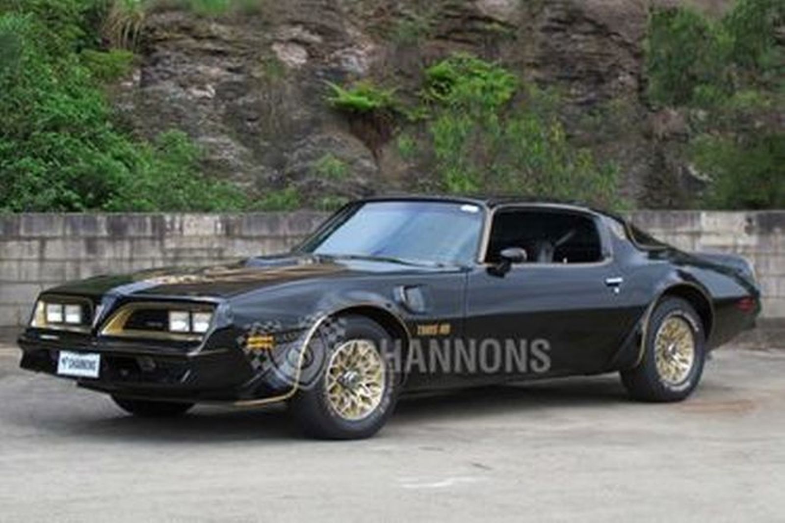 Pontiac Firebird Trans Am Coupe (LHD)