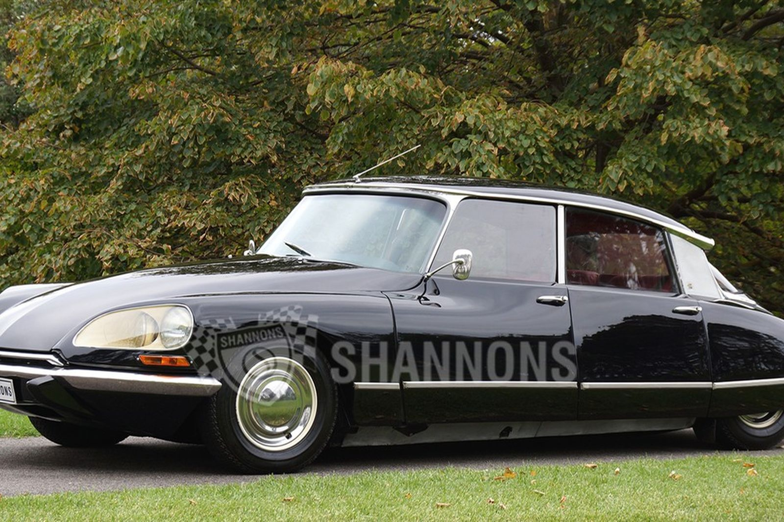 sold citroen ds 21 sedan auctions lot 23 shannons. Black Bedroom Furniture Sets. Home Design Ideas