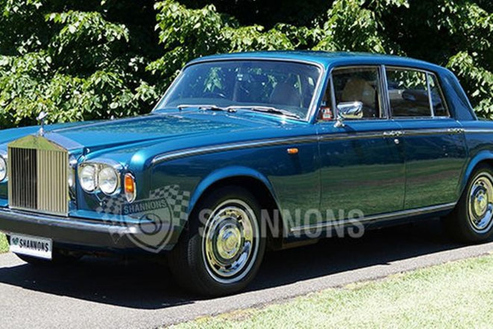 sold rolls royce silver shadow ii saloon auctions lot 28 shannons. Black Bedroom Furniture Sets. Home Design Ideas