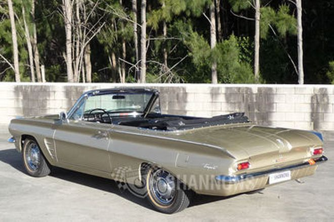 Pontiac Tempest Convertible (LHD)