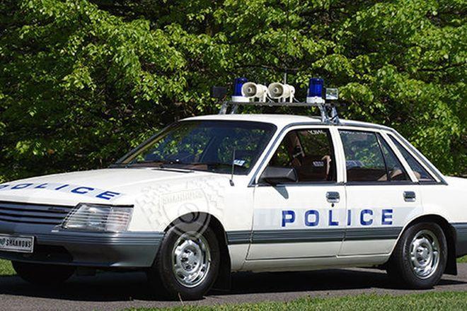Holden VK Commodore 'Ex-Police Car' 308 V8 Sedan
