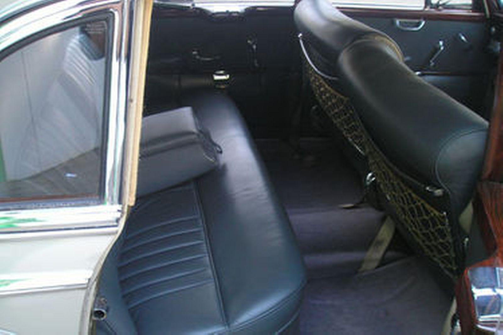 Mercedes-Benz 300C Saloon