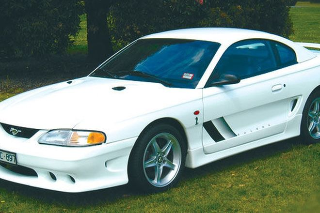 Ford Mustang SVT Cobra Coupe (RHD)