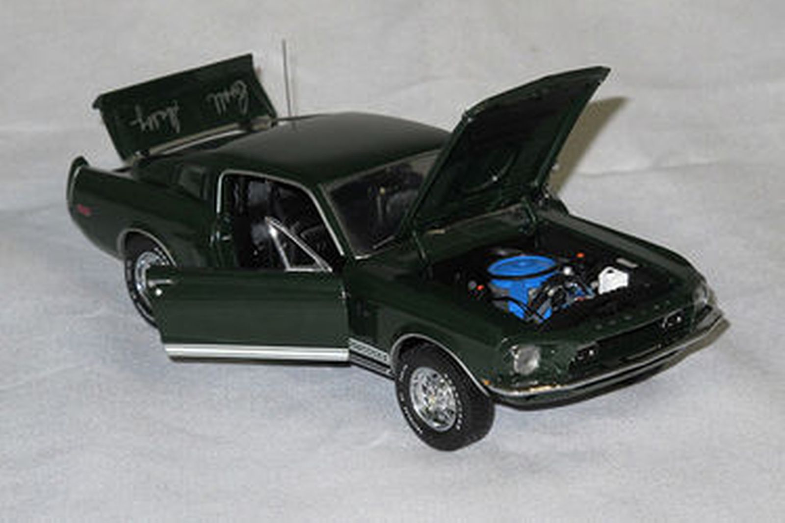 Model Car - Franklin Mint 1968 Shelby GT500, Signed by Carroll Shelby with Certificate (Scale 1:24)