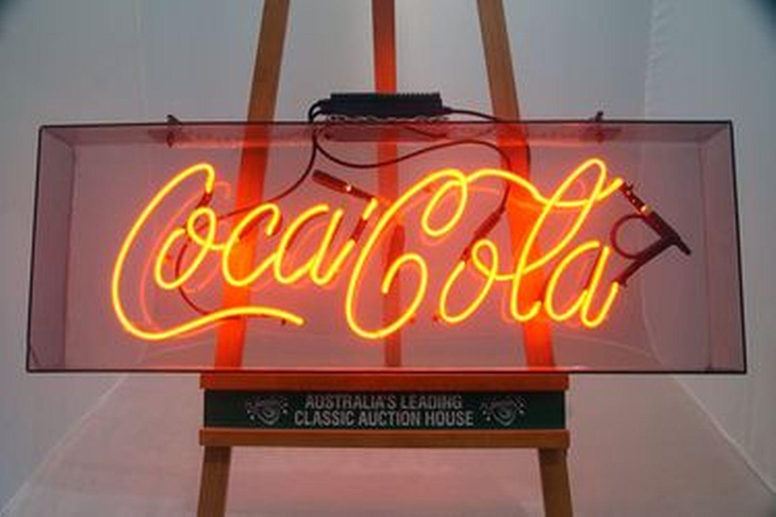 Neon Sign - Coca-Cola in perspex case (100 x 45cm)