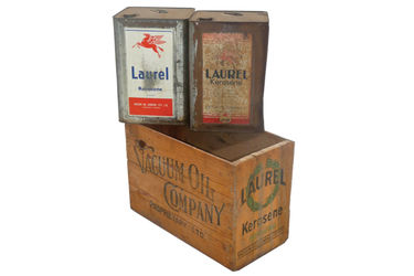 2 x Laurel Kerosene Tins & Laurel Vaccum Oil Kerosene Wooden Crate