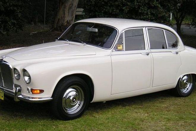 Jaguar 420 Compact Saloon