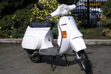 Vespa Piaggio 50cc Motor Scooter