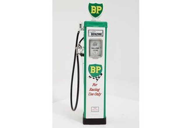 Petrol Pump - Wayne AS70 in BP Livery with Reproduction Globe (Restored)
