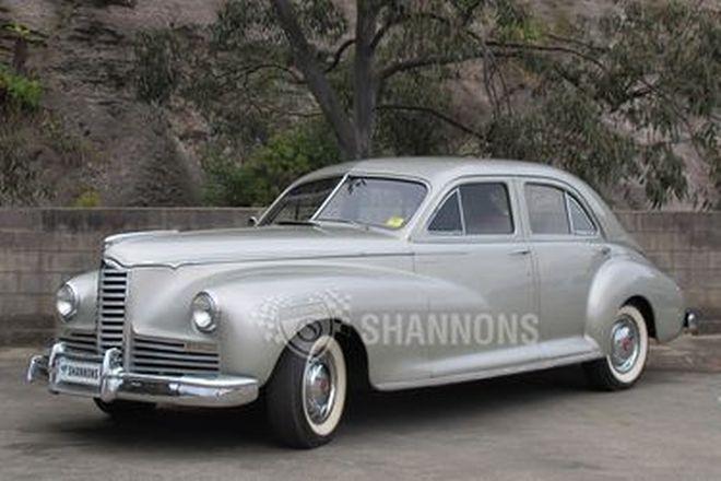 Packard Clipper 6 Sedan
