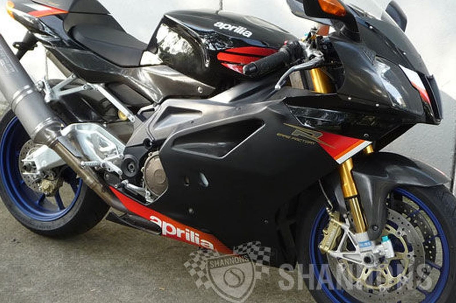 aprilia rsv 1000 r factory motorcycle auctions lot 20 shannons. Black Bedroom Furniture Sets. Home Design Ideas