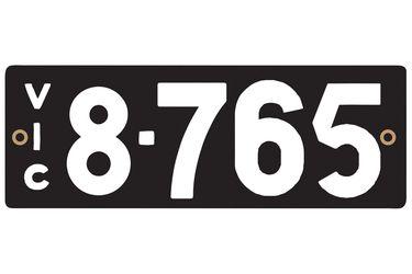 Victorian Heritage Plate '8.765'