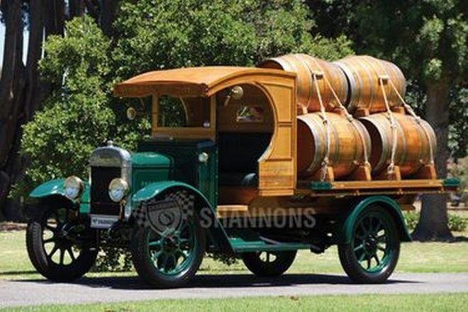 Morris 1/2 Ton Light Tray Truck