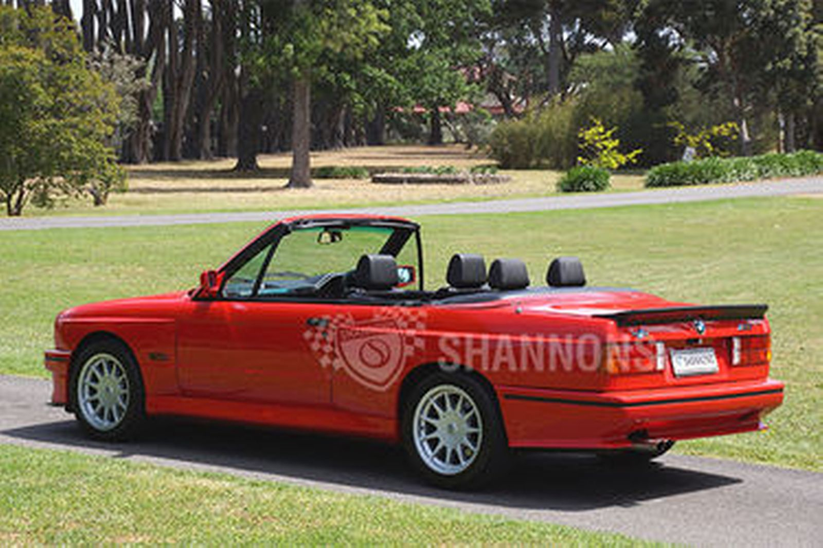 BMW M3 E30 Convertible (RHD)