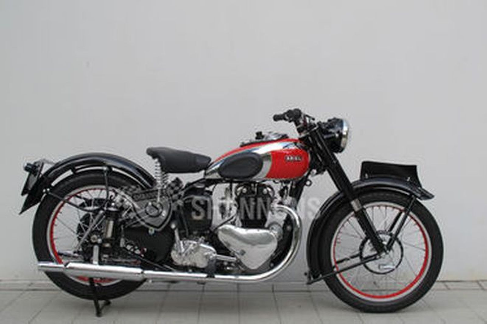 Sold: Ariel 500cc Twin Motorcycle Auctions - Lot G - Shannons