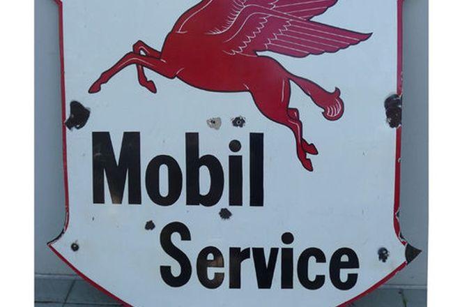 Enamel Sign - Pegasus Mobil Service Shield (1200cm x 1200cm)