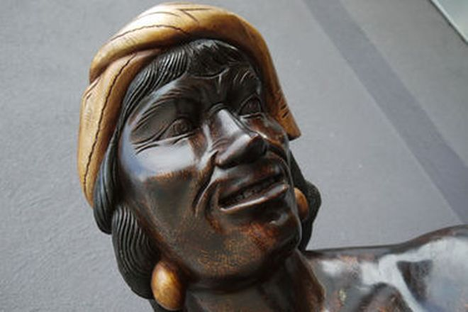Statue - Head Hunter Carved in Solid Monkey Pod Timber  (182cm H)