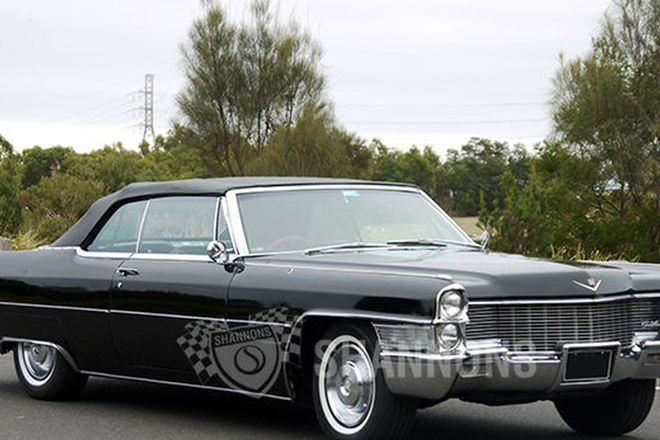 Cadillac DeVille Convertible (RHD)