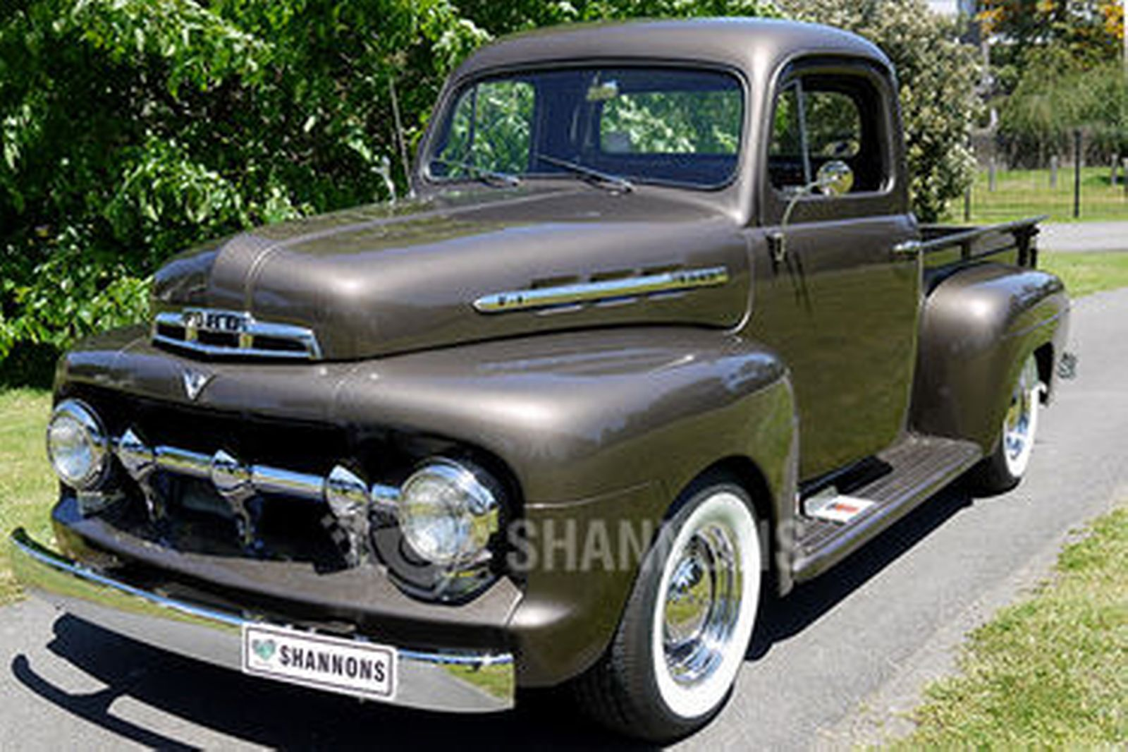 sold ford f1 39 modified 39 pick up lhd auctions lot 39. Black Bedroom Furniture Sets. Home Design Ideas