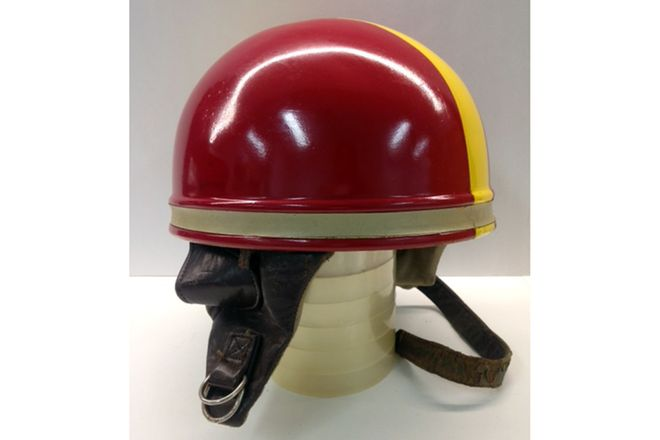 Pudding Bowl Vintage Helmet - Red / yellow