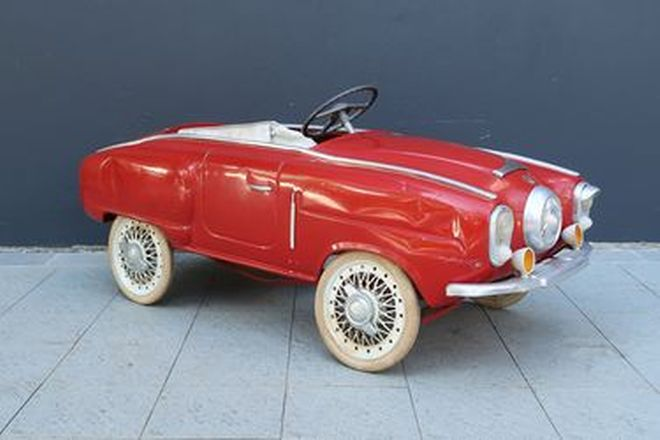 Pedal Car - In the style of a 1950s Studebaker (115cm long)
