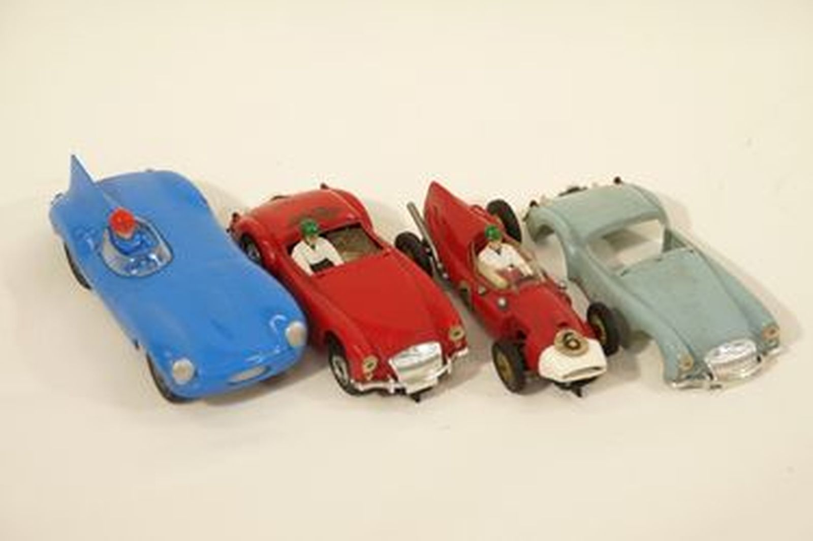 Sold: Slot Cars x 3 - Jaguar D-Type by Lionel, NY, VIP MGA