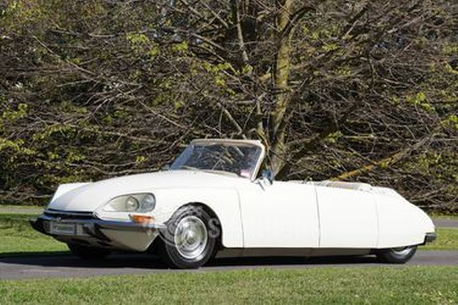 Citroen DS Pallas Convertible (Modified)