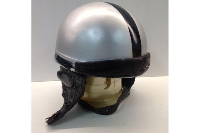 Pudding Bowl Vintage Helmet - Silver / Back