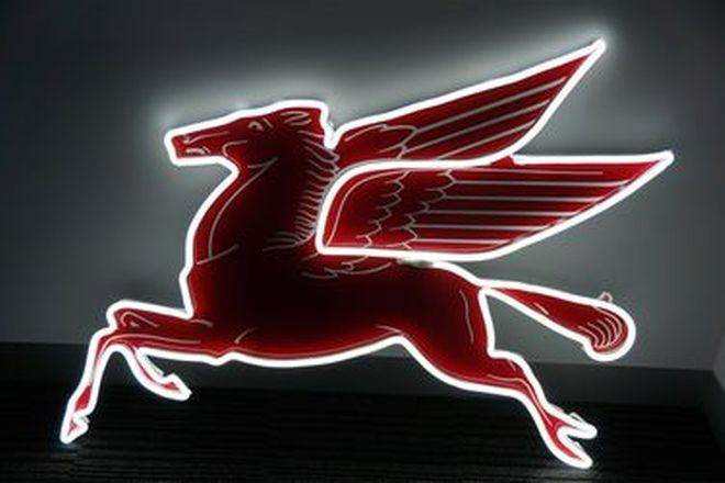 Neon Sign - Pegasus Flying Horse - 240volt (100 x 78cm)