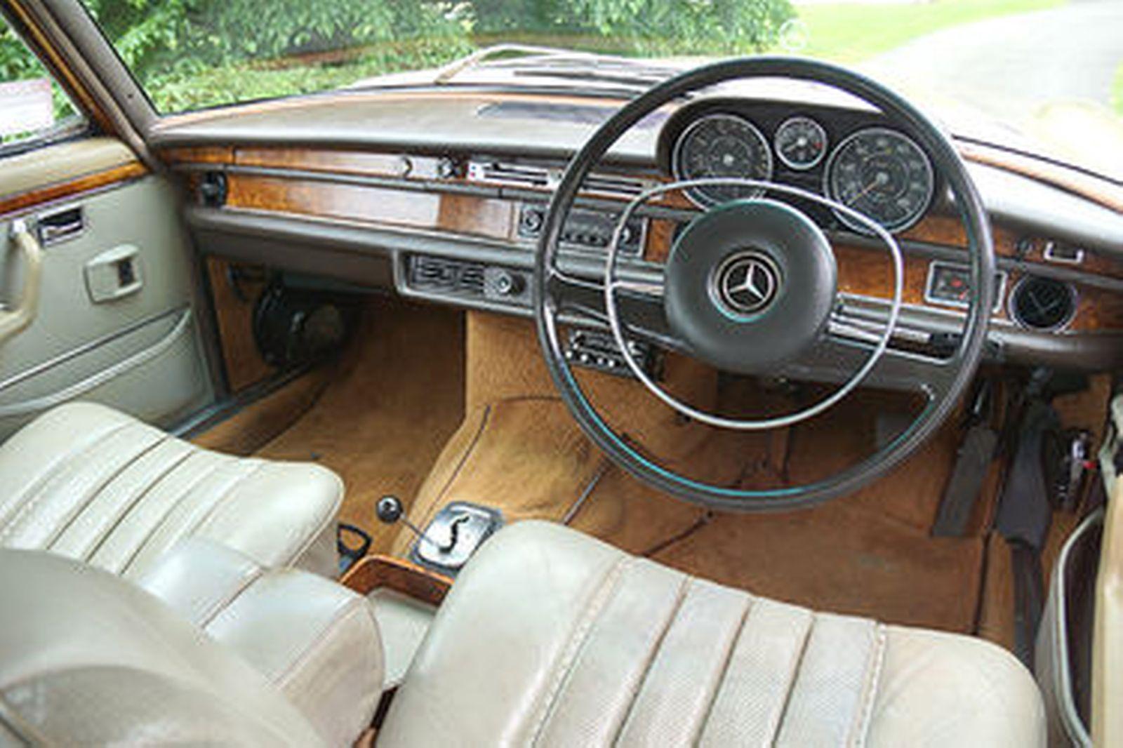 Mercedes-Benz 300SEL 6.3 Saloon