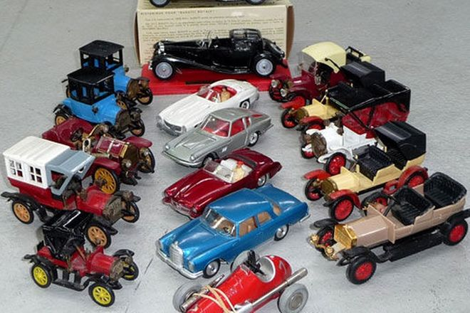 Model Cars - 19 x various cars incl. Solido & Schuco die cast models