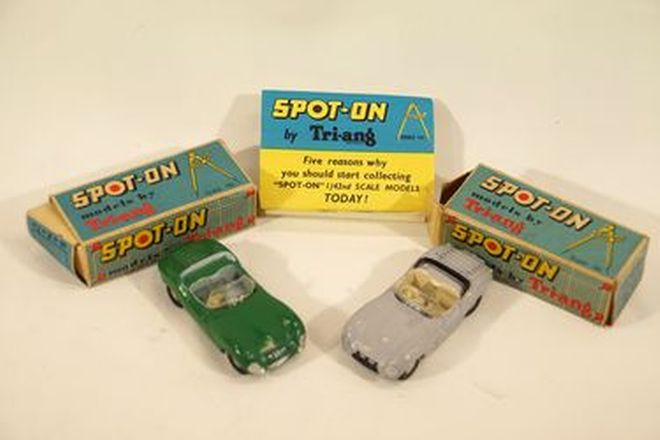 Model Cars x 2  - Spot-On Diecast Jaguar XK SS: Green & Grey with average boxes (1:42 scale)