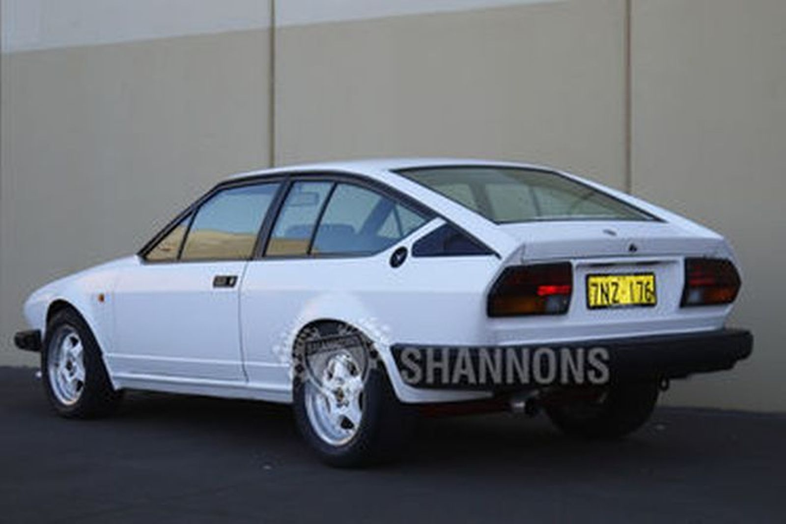 sold alfa romeo gtv6 coupe auctions lot 14 shannons. Black Bedroom Furniture Sets. Home Design Ideas